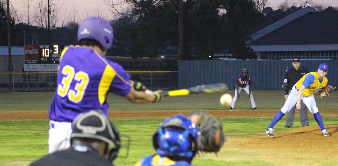 Doyline sweeps Arcadia on senior night
